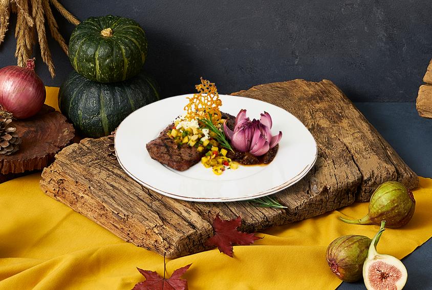 Fall in Yellow Striploin Steak (폴 인 옐로우 채끝 등심 스테이크) (200g)